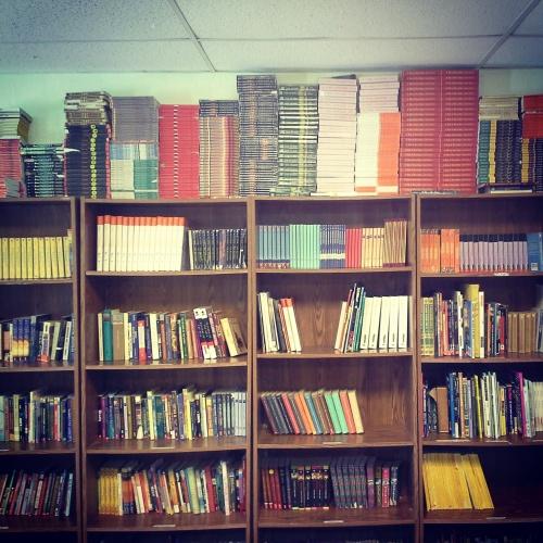 My classroom bookshelf
